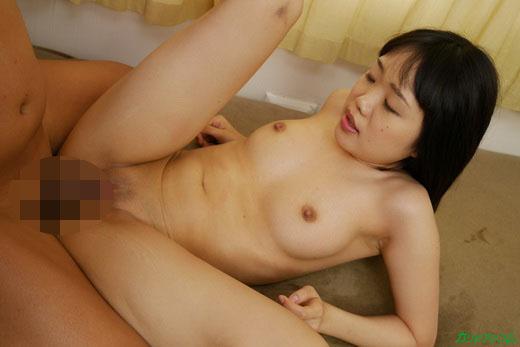 Debut Vol.39 ~子役出身芸能人のアソコをビシャーラ~ 夏乃ひまわり