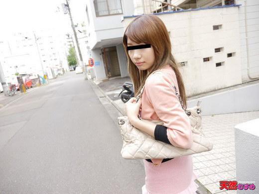 素人ガチナンパ ~バイトに行く途中の美脚娘をナンパ~ 須藤望