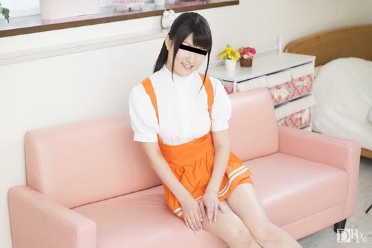 ファミレスの衣装でハメられました 咲田凛