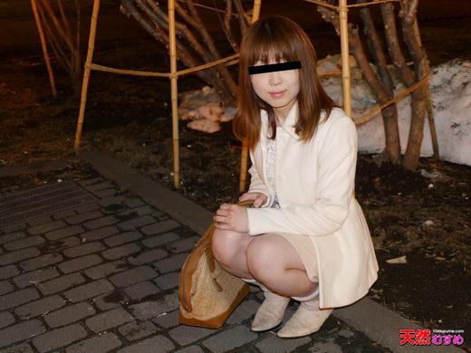 現役女子大生がAVに応募してきました 泉麻衣