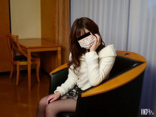 初体験は13歳のとき!顔バレしたくない 飯塚夕樹