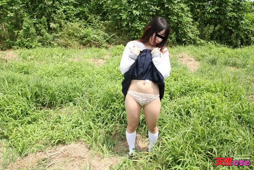 素人AV面接 ~野外調教をJKでやっちゃいました~ 有村千穂