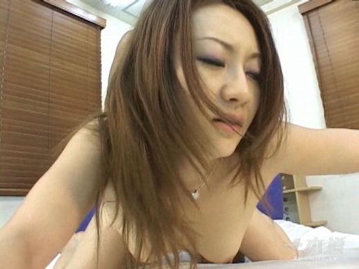 巨乳の愛川京香