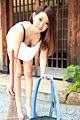 朝ゴミ出しする近所の遊び好きノーブラ奥さん 相本みき