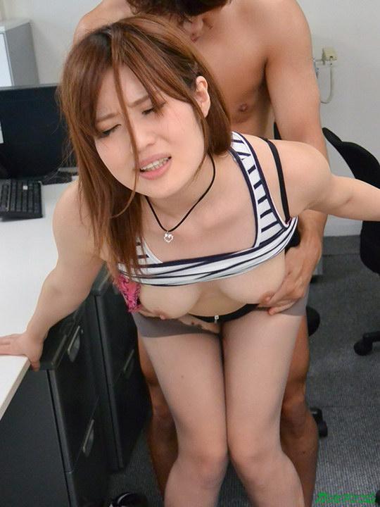 オフィスでパワハラ中出しセックス 前田由美