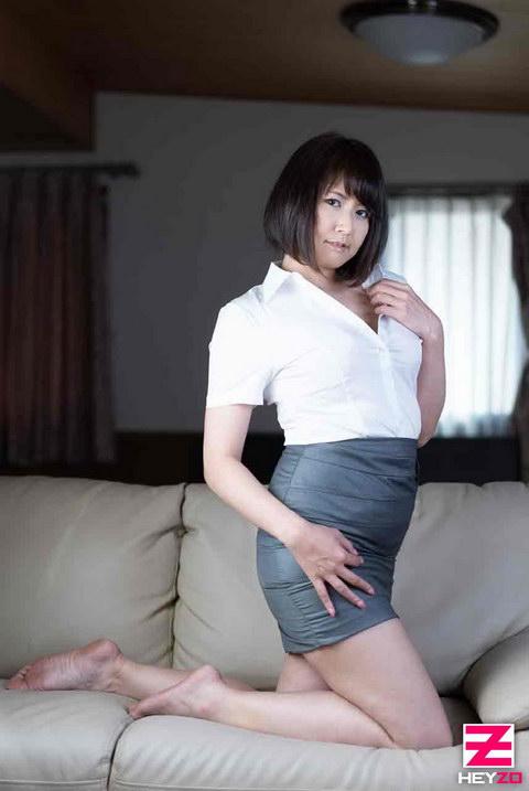美咲マヤ【みさきまや】 アフター6~ほどよく熟したエロい肢体~