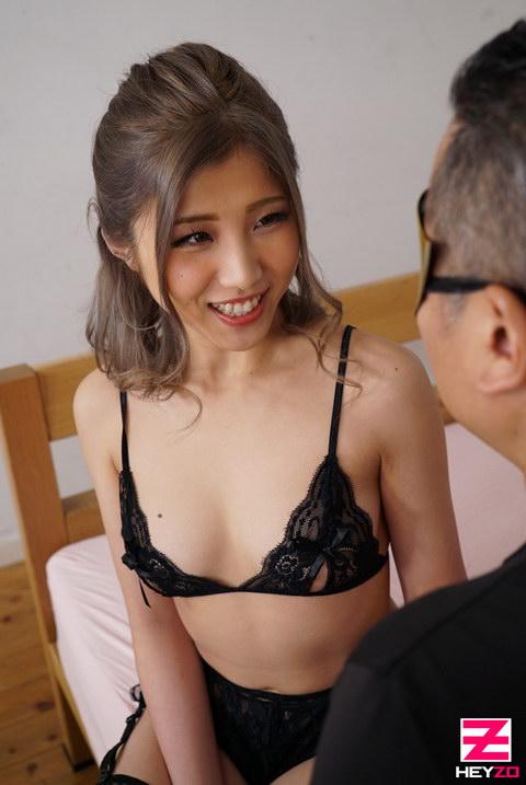柊麗奈 【ひいらぎれな】 Sな美巨乳ちゃんに弄ばれたい!