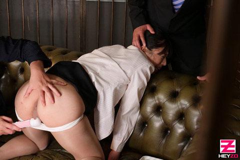 佐々木由美 【ささきゆみ】 ムッチリ新入社員をエッチな研修でヤッてやりました!