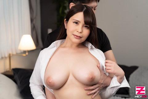 美雲あい梨 【みくもあいり】 ムッチムチボディの巨乳女上司をヤりまくり!!