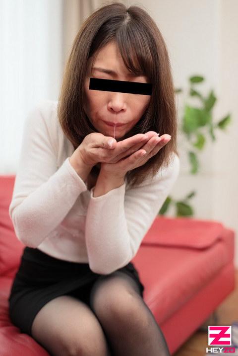 小泉香苗 【こいずみかなえ】 旦那には内緒でチェリーボーイの筆おろしVol.4